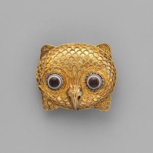 broche en forme de hibou en or et agate technique de la graineti castellani bijoutier italien