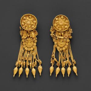 boucles doreilles en or antique